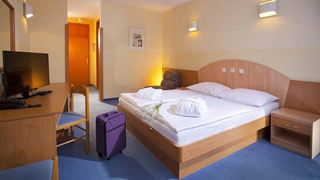 Turistična agencija Iter - hotel Vesna_soba 2